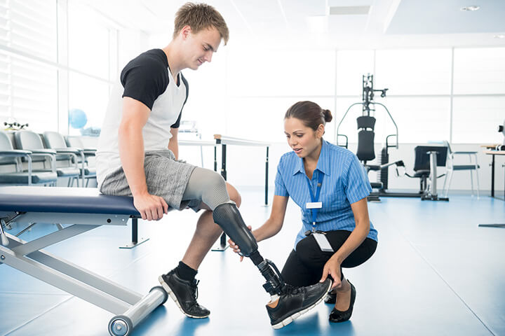 Anti-Gravity Unweighting System for Physical Therapy | AlterG